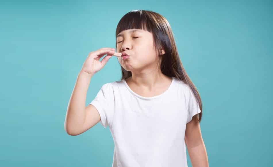 Cha mẹ thường nhầm tưởng đứa trẻ nào cũng sẽ thích ăn ngọt nhưng trên thực tế theo các bác sĩ dinh dưỡng, trẻ thèm ăn ngọt là một biểu hiện chứng tỏ sức đề kháng của trẻ đang suy yếu đi