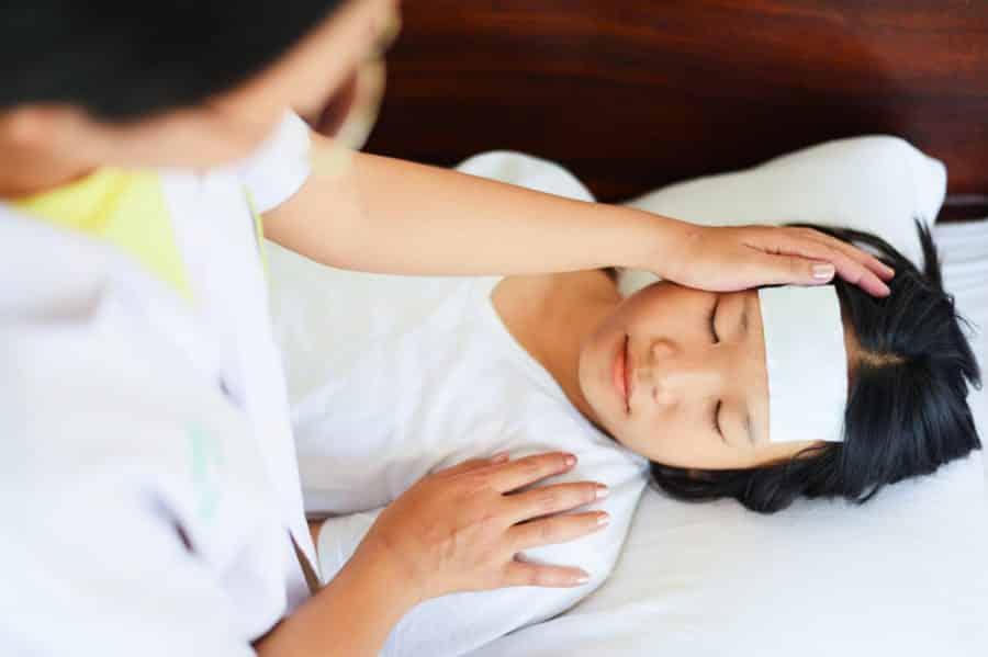 Hệ miễn dịch suy giảm- nguyên nhân hàng đầu làm trẻ yếu đi