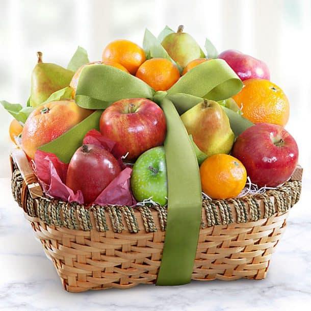 Bà đẻ sau sinh mất nhiều năng lượng vì vậy đi thăm bà đẻ nên mua gì lựa chọn tuyệt vời nhất có lẽ là đồ ăn nhẹ lành mạnh như trái cây