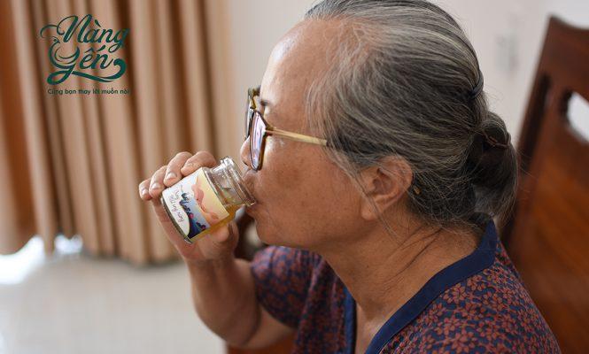 Yến sào có công dụng cải thiện trí nhớ cho người già